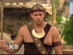 Pair of Kings S01E19 The Trouble With Doubles 54
