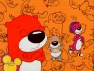 PB&J Otter - Halloween Noodle Dance 1
