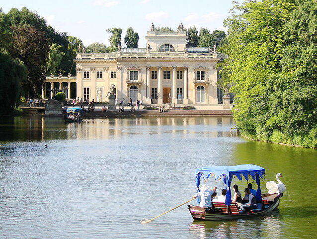 File:798px-Palace on the Water, Łazienki Park, Warsaw.jpg