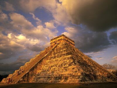 Ancient mayan ruins chichen itza mexico-normal