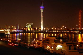 File:Dusseldorf at night.jpg