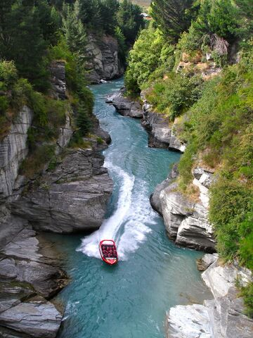 File:Shotover River.jpg