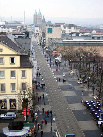 File:450px-KasselObereKoenigsstrasse2347.jpg