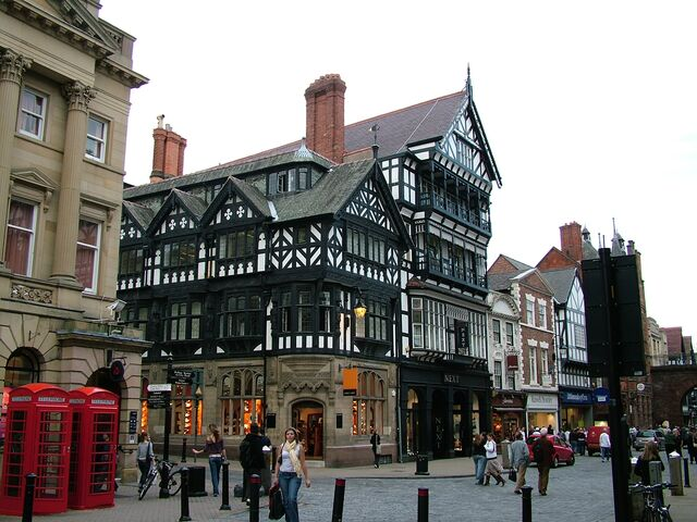 File:Chester - Shops in city centre - 2005-10-09.jpg