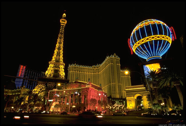 File:Paris-las-vegas-14.4.jpg
