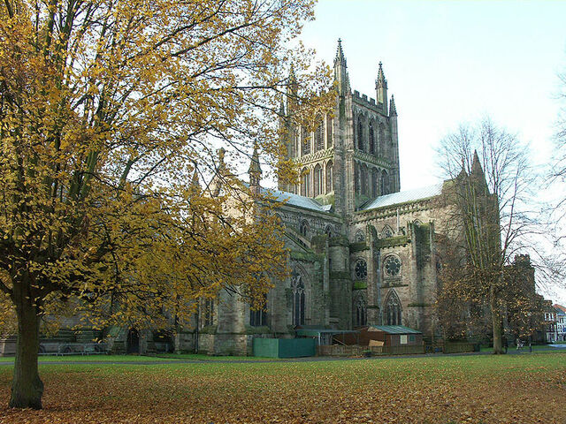 File:Hereford Cathedral.JPG