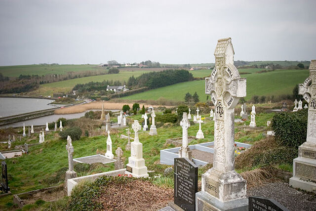 File:Celtic Cemetary.jpg