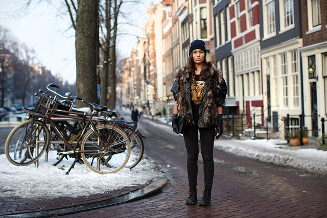 File:Edgy girl with bikes in Amsterdam.jpg