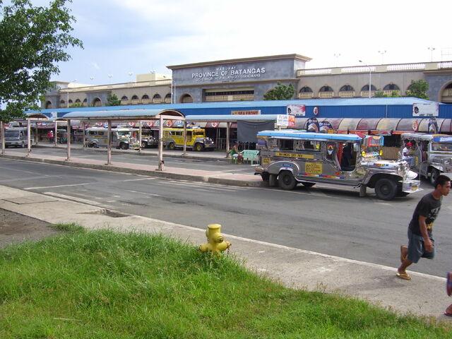 File:BatangasPier80828acg.jpg