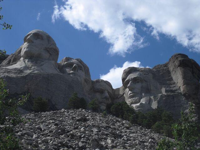 File:Mt Rushmore 1.jpg