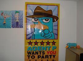 DesignWare 2012 Giant Scene Setter Wall Decorating Kit - 3 posters
