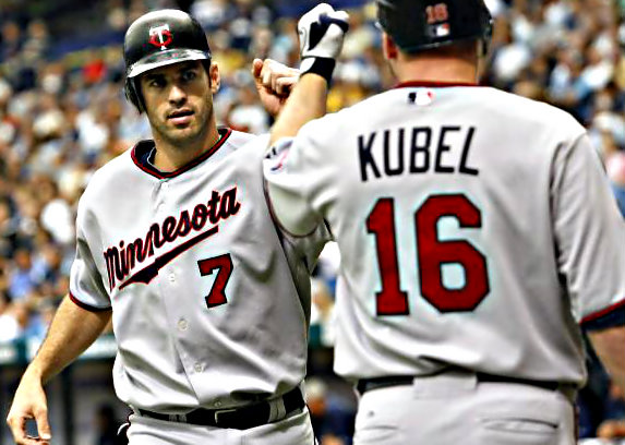 File:Joe-mauer-jason-kubel.jpg