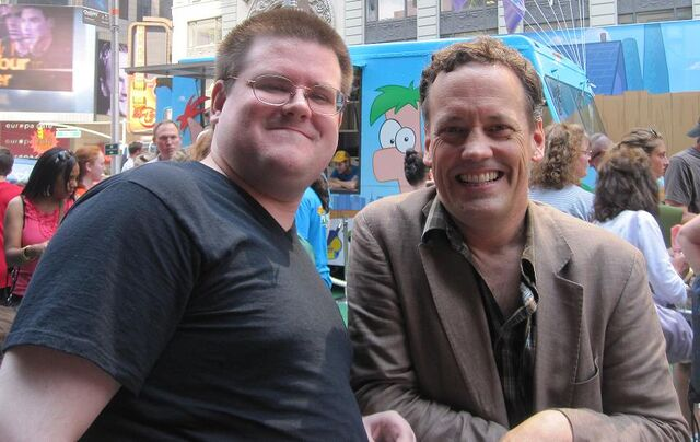 File:Mobo85 with Dee Bradley Baker.jpg