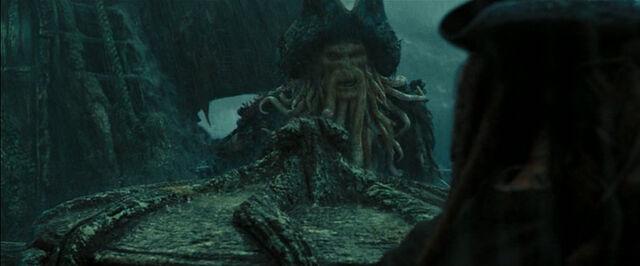 File:Jack Davy Jones Duel2.jpg