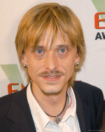 File:Mackenzie Crook-3.jpg
