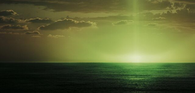 File:Green flash.jpg
