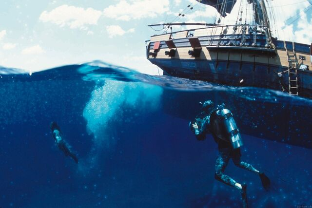 File:DivingJackOnSet.jpg