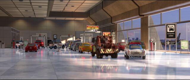 File:1000px-Airport2.jpg