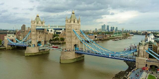 File:800px-Tower Bridge from London City Hall.jpg