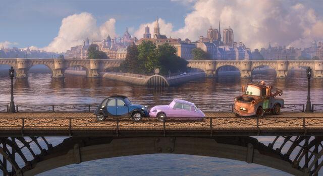 File:Mater bridge romance Cars 2.jpg