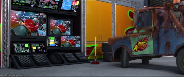 File:Cars2-disneyscreencaps.com-4938.jpg