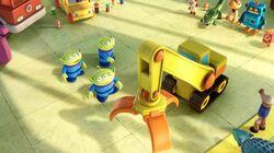 Toy-Story-3clawtoybulrdindadz2215