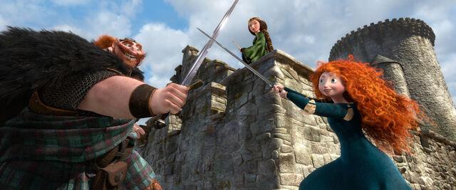 File:Brave merida fergus swordfighting.jpg