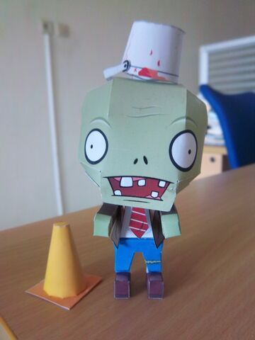 File:Plants Vs Zombies Papercraft.jpg