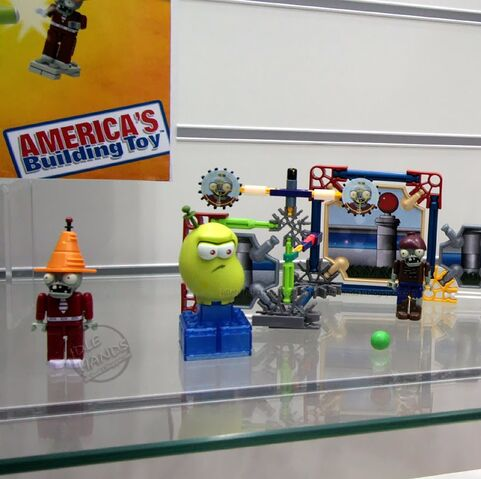 File:Toy Fair 2014 KNEX Plants Vs Zombies 14.jpg