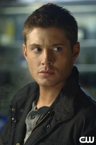 File:Dean-Winchester--dean-winchester-69981 963 1450.jpg