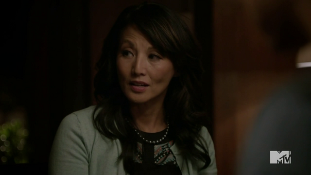 File:670px-Teen Wolf Season 3 Episode 15 Galvanize Tamlyn Tomita Kira's Mom.png