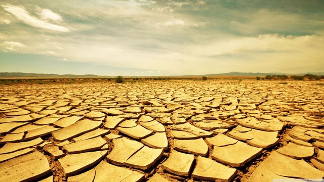 File:Dry land-wallpaper-1366x768.jpg