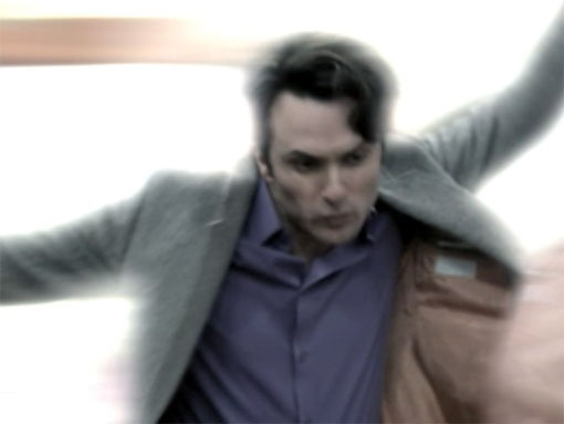 File:Elliot teleporting.jpg