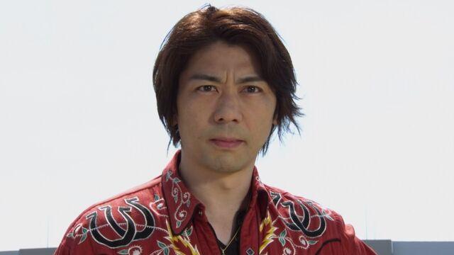 File:Kyousuke in Gokaiger.jpg