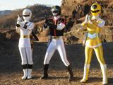 File:NinjaWhite, DynaBlack, Yellow Mask.jpg