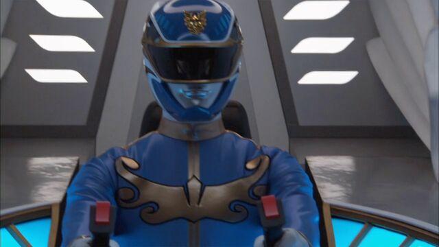 File:Gosei Blue cockpit.jpg