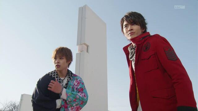 File:Takeru and Yamato.jpg