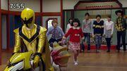 Tsubasa takes Eleena home
