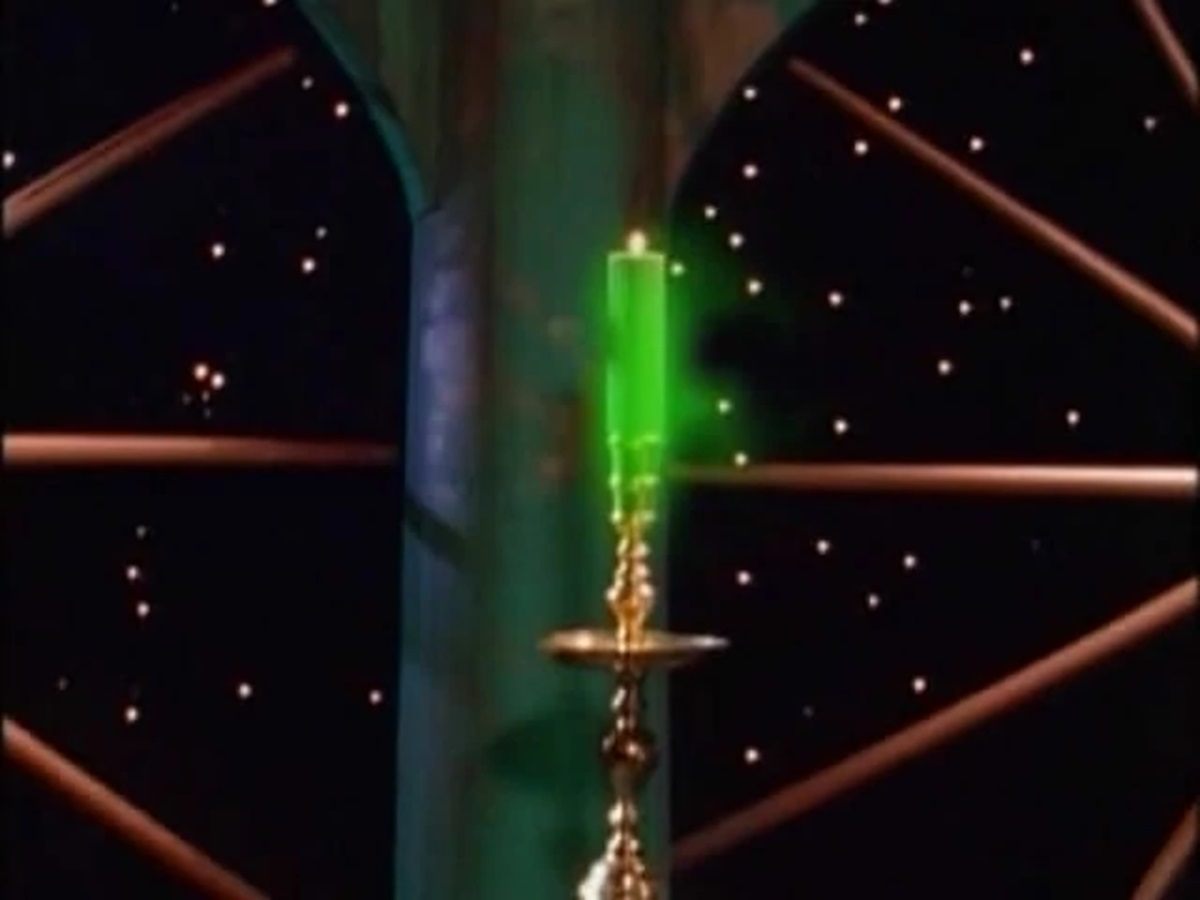 File:MMPR Green Candle.jpg