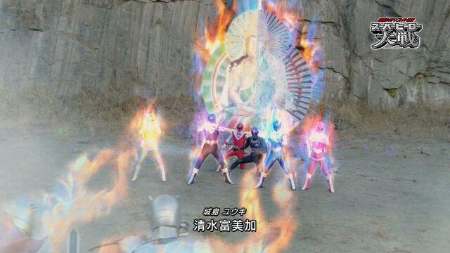 File:Kamen Rider Black × Hikari Sentai Maskman.jpg