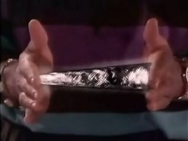 File:Black Power Crystal MMPR.jpg