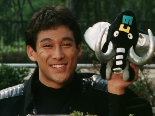 File:Zyuranger episode 38-2.jpg