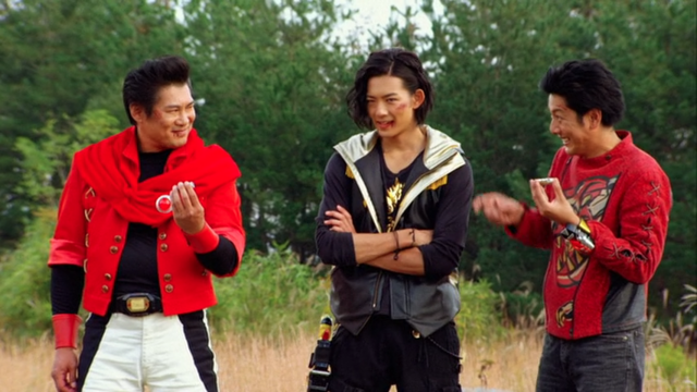File:The Red Sentai Tyranno Rangers.png