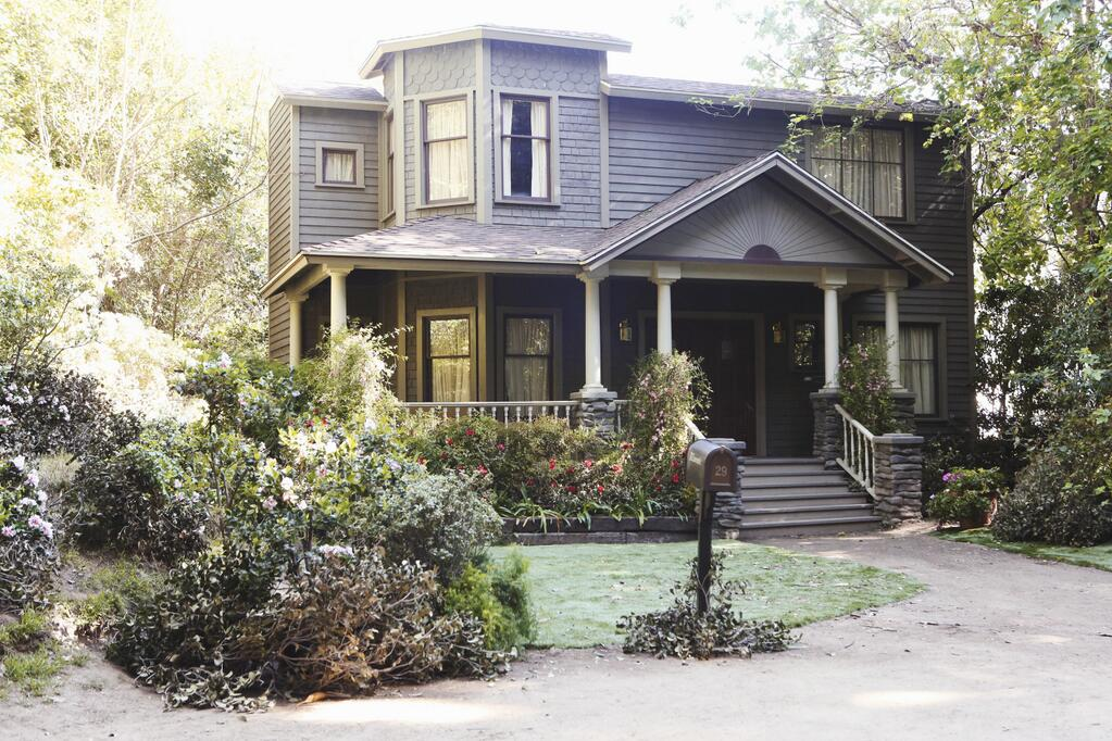 Alison and Elliot's House | Pretty Little Liars Wiki