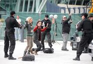 Critictoo series - Primeval On the set (10)