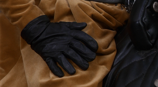 File:Count Rugen's right hand.png