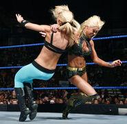 SmackDown 11-28-08 010