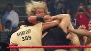 Matt Hardy vs Edge.00008