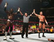 Raw-18-11-2007.14