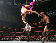 Raw-5-2-2007-32